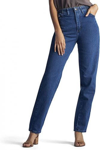 Are Mom Jeans In Style 2022
